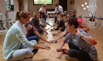 Mocny start: wyciszanie i aktywizowanie grupy